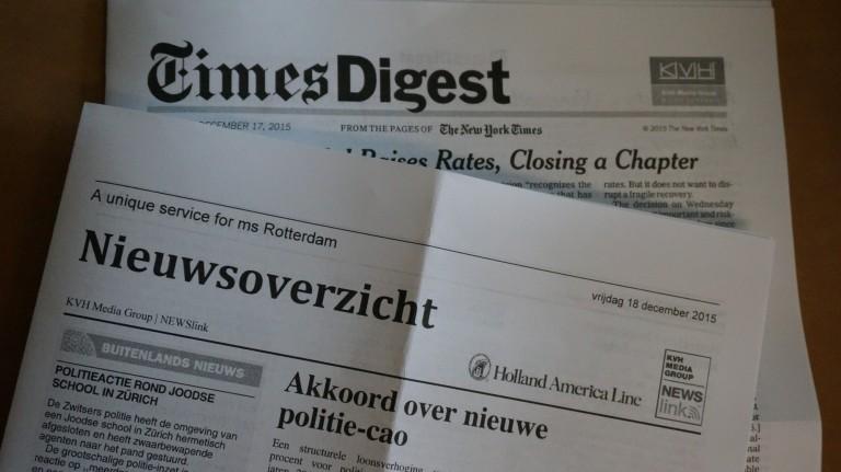 Elke morgen zijn er scheepskranten in verschillende talen, waarin het dagelijkse nieuws is te lezen.